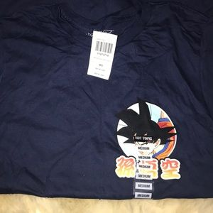 Hot Topic Dragon Ball Z men's shirt in Medium